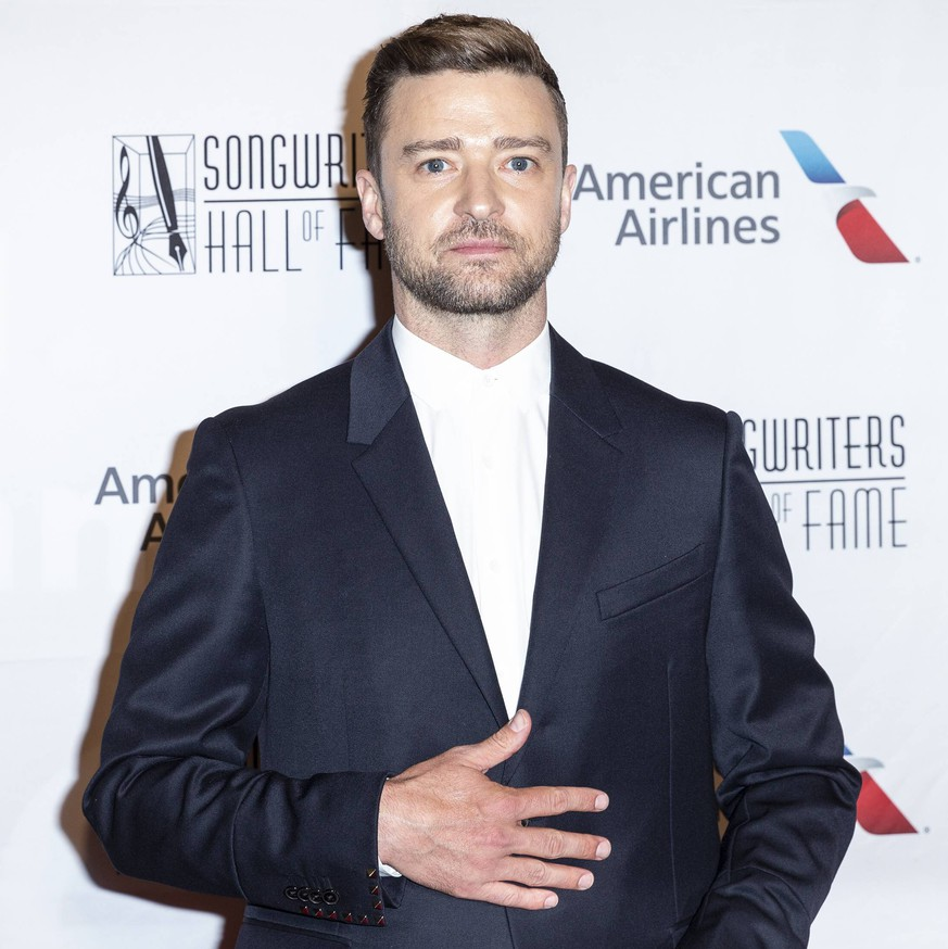 USA: Songwriters Hall of Fame Annual Induction Justin Timberlake attends Songwriters Hall Of Fame 50th Annual Induction And Awards Dinner at The New York Marriott Marquis New York New York United States New York Marriott Marquis PUBLICATIONxINxGERxSUIxAUTxONLY LevxRadin