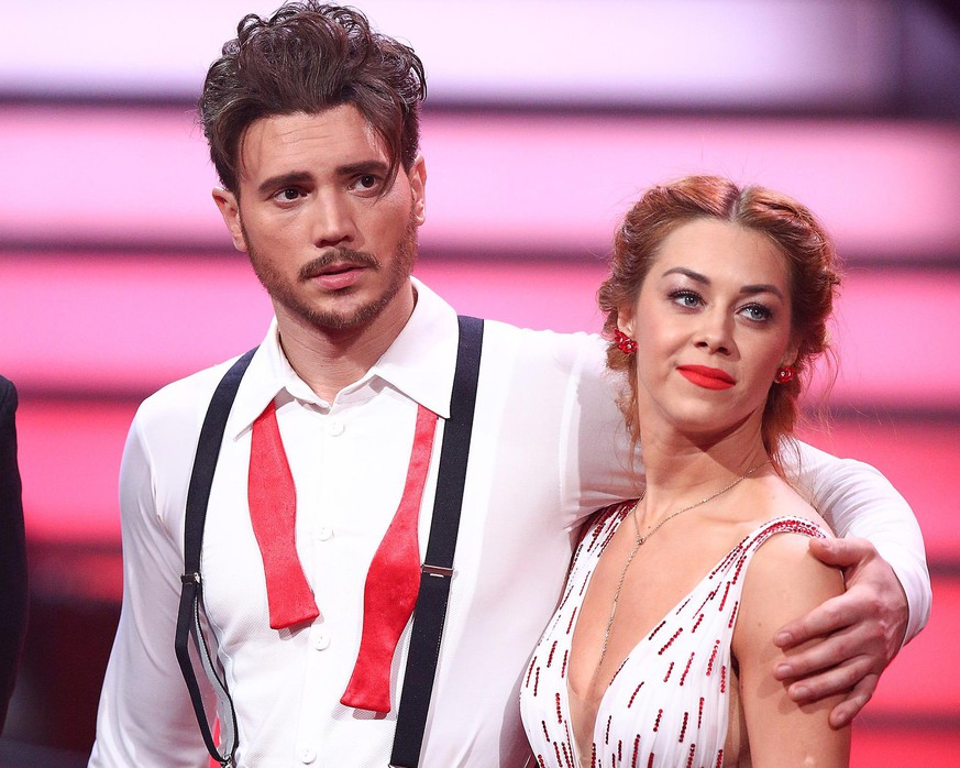 COLOGNE, GERMANY - MAY 11: Bela Klentze and Oana Nechit during the 8th show of the 11th season of the television competition 'Let's Dance' on May 11, 2018 in Cologne, Germany. (Photo by Florian Ebener/Getty Images)