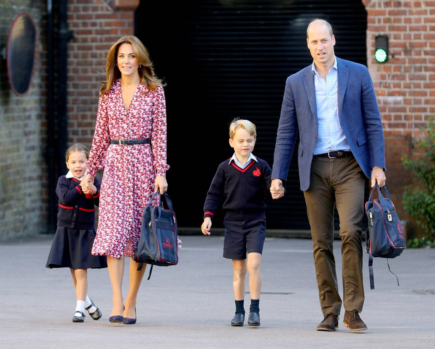 05 September 2019 - Princess Charlotte of Cambridge, Kate Duchess of Cambridge Catherine Katherine Middleton, Prince George of Cambridge, Prince William Duke of Cambridge, arriving for her first day of school at Thomas s Battersea in London. Photo Credit: ALPR/AdMedia 244604 2019-09-05 London Royaume Uni PUBLICATIONxINxGERxAUTxONLY Copyright: xAdMediax STAR_244604_020