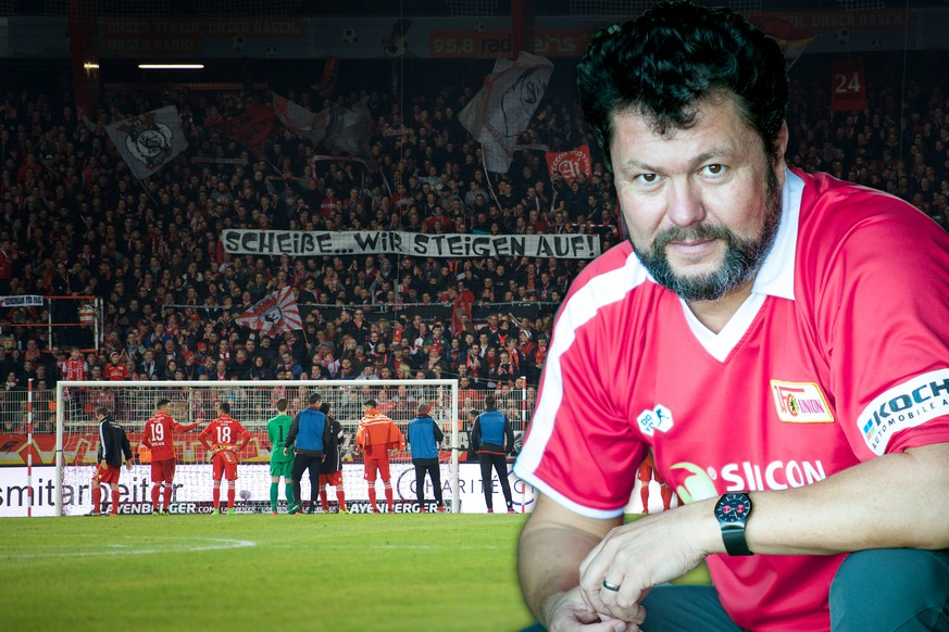 Fussball Berlin 03.03.2017 Saison 2016 / 2017 2. Bundesliga 1. FC Union Berlin - Würzburger Kickers Union Fans mit Spruchband Scheiße, wir steigen auf