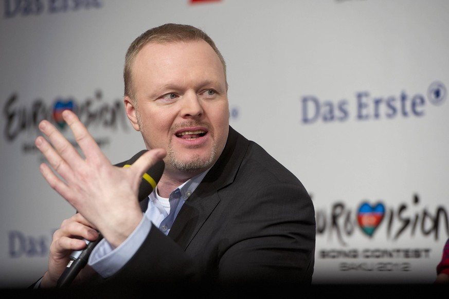 Nach Aus fuer Eurovision Song Contest: Stefan RAAB bringt Ersatz Show ins Fernsehen. Archivfoto: Stefan Raab, TV-Moderator und Jury-Mitglied, Portraet, Portrait, Einzelbild, angeschnittenes Einzelmotiv, Pressekonferenz, press conference, Finale von Unser Star fr Baku fuer den Eurovision Song Contest 2012 in Baku/Aserbaidschan, Das Erste/ARD, aufgezeichnet in Kln, 16.02.2012. a *** After the Eurovision Song Contest Stefan RAAB is over, Ersatz Show will bring a new show to the TV. Archive photo Stefan Raab, TV presenter and jury member, portrait, portrait, single picture, cut single motif, press conference, press conference, final of Unser Star f
