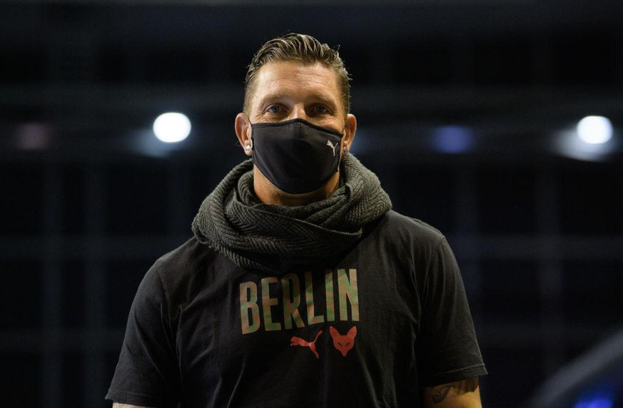 BERLIN, GERMANY - SEPTEMBER 29: Sports director Stefan Kretzschmar of the Fuechsen Berlin before the game between the Fuechse Berlin and Gyoengyoesi KK on september 29, 2020 in Berlin, Germany. (Photo by City-Press via Getty Images)