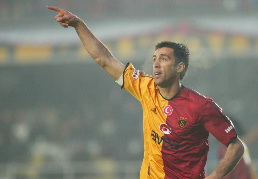Turkey Turkcell Superlig Match - Galatasaray 2 - Ankaraspor 0 - 29 march 2006 - Hakan Sukur - Galatasaray PUBLICATIONxNOTxINxTUR  Turkey Turkcell Superlig Match Galatasaray 2 Ankaraspor 0 29 March 2006 Hakan Sukur Galatasaray PUBLICATIONxNOTxINxTUR