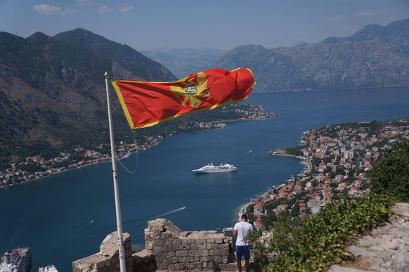 ITAR-TASS: KOTOR, MONTENEGRO. Aerial view of Kotor town and Bay (gulf) of Kotor (Boka Kotorska). PUBLICATIONxINxGERxAUTxONLY RE125D16ITAR TASS Kotor Montenegro Aerial View of Kotor Town and Bay GULF of Kotor Boka Kotorska PUBLICATIONxINxGERxAUTxONLY RE125D16