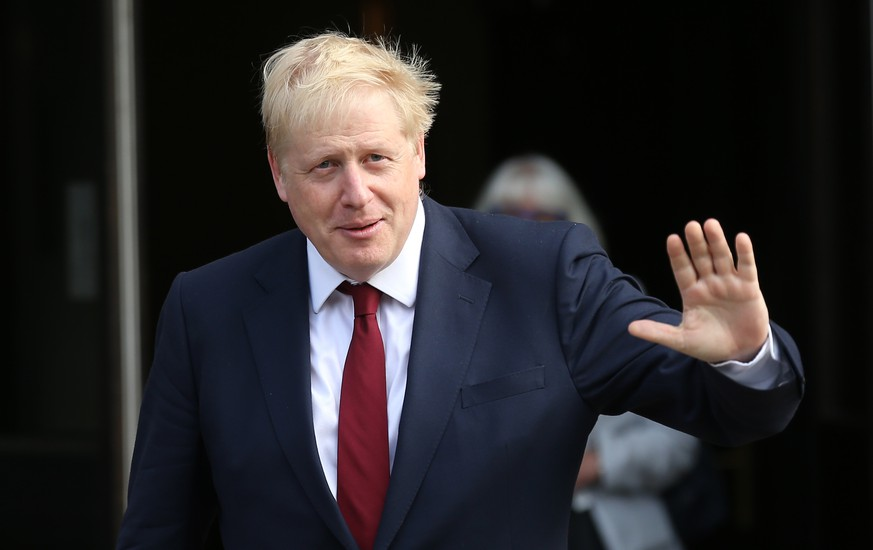 Conservative Party Conference Prime Minister Boris Johnson leaves the The Midland hotel during the second day of the Conservative Party Conference being held at the Manchester Convention Centre. Picture dated: Monday September 30, 2019. Photo credit should read: Isabel Infantes / EMPICS Entertainment. PUBLICATIONxINxGERxSUIxAUTxONLY Copyright: xIsabelxInfantesx 45709126