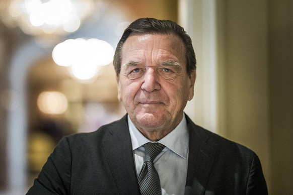 Altkanzler Gerhard Schroeder, aufgenommen in Berlin, 17.09.2018. Berlin Deutschland *** Former Chancellor Gerhard Schroeder recorded in Berlin 17 09 2018 Berlin Germany PUBLICATIONxINxGERxSUIxAUTxONLY Copyright: xFlorianxGaertner/photothek.netx