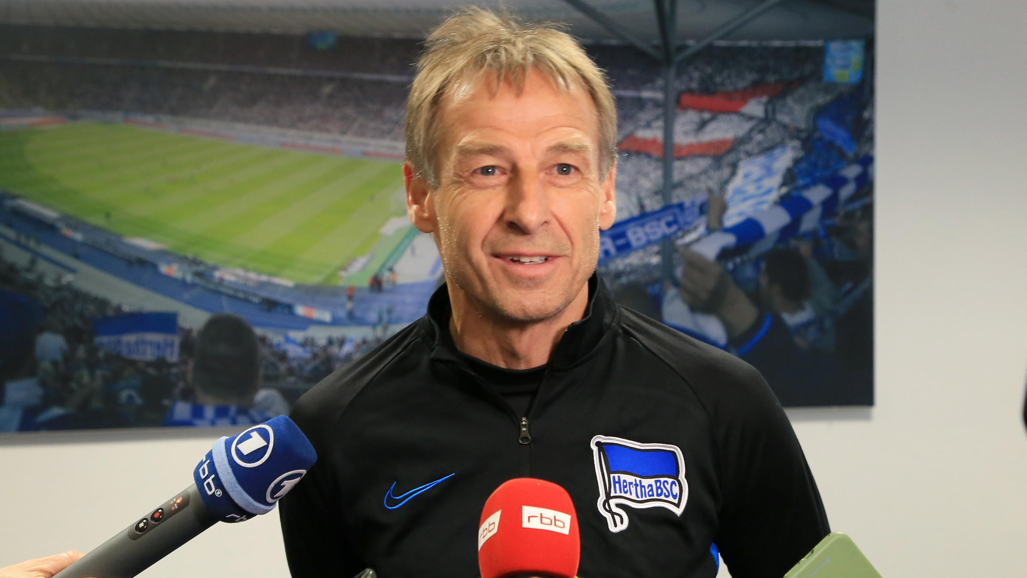 Vor Bayern-Spiel: Klinsmann vergisst Trainer-Lizenz in Florida