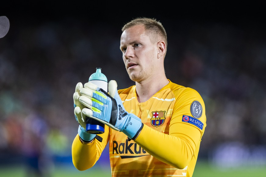 2nd October 2019 Camp Nou, Barcelona, Catalonia, Spain UEFA Champions League Football, Barcelona versus Inter Milan 1 Marc Andre ter Stegen applauds the fans against Inter FC - Editorial News PUBLICATIONxINxGERxSUIxAUTxHUNxSWExNORxDENxFINxONLY ActionPlus12173809 MarcxGonzalezxAloma