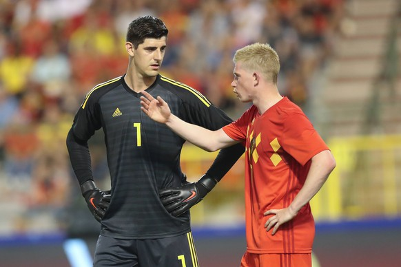Belgium s goalkeeper Thibaut Courtois and Belgium s Kevin De Bruyne pictured during a friendly game between Belgium national team Nationalteam The Red Devils and Egyptian national soccer team, Wednesday 06 June 2018, in Brussels. Both teams prepare the upcoming FIFA World Cup WM Weltmeisterschaft Fussball 2018 in Russia. BRUNOxFAHY PUBLICATIONxINxGERxSUIxAUTxONLY x05360186x