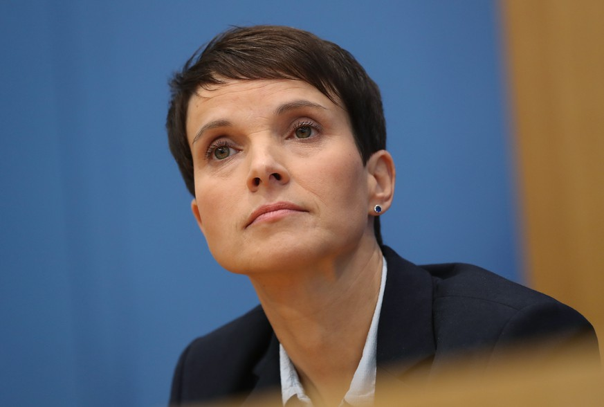 BERLIN, GERMANY - SEPTEMBER 25:  Frauke Petry, a leading member of the right-wing Alternative for Germany (AfD), attends an AfD press conference attended by other leading AfD members, including Joerg Meuthen and AfD co-lead election candidates Alexander Gauland and Alice Weidel, shortly before Petry announced she will not join the new AfD Bundestag faction in a surprise move the day after German federal elections on September 25, 2017 in Berlin, Germany. The AfD came in third with 12.6%, meaning it will have nearly 94 seats in the new Bundestag, the German parliament.  (Photo by Sean Gallup/Getty Images)