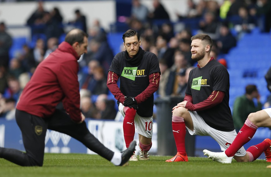 Mesut Ozil of Arsenal warms up alongside Sead Kolasinac of Mustafi the Premier League match at Goodison Park, Liverpool. Picture date: 7th April 2019. Picture credit should read: Andrew Yates/Sportimage PUBLICATIONxNOTxINxUK SPI-0018-0012