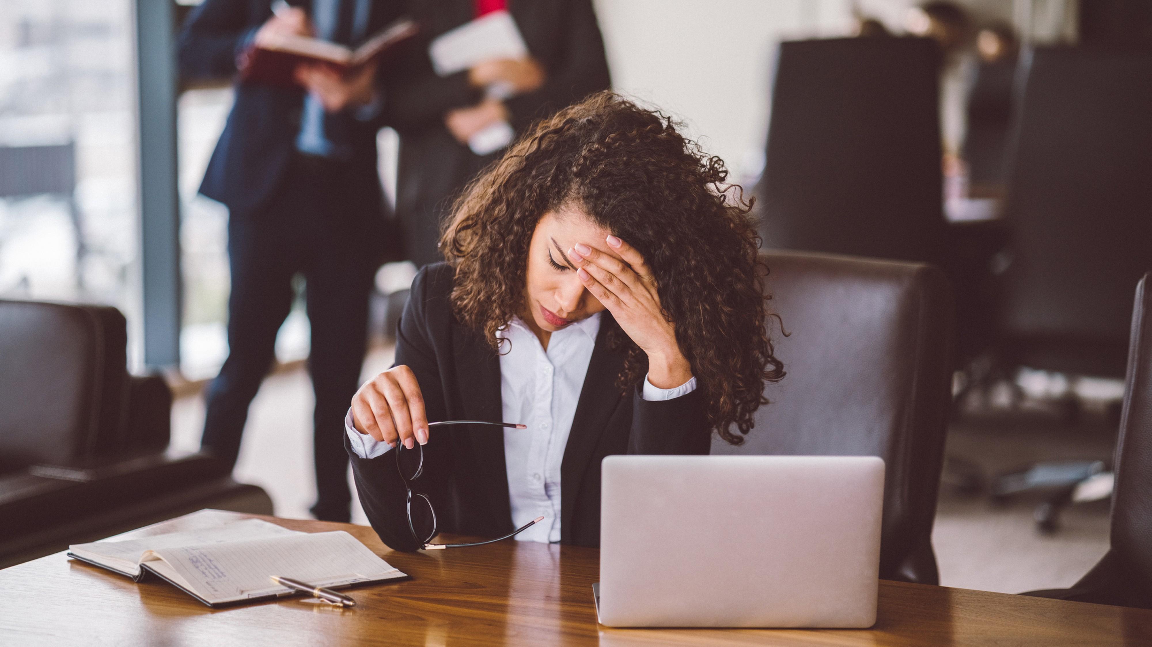 Job & Karriere: Was tun, wenn dein Chef inkompetent ist