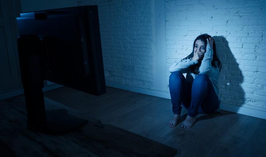"""Trojaner filmt beim Pornoschauen mit – so schützt ihr euch vor """"Sextortion"""""""