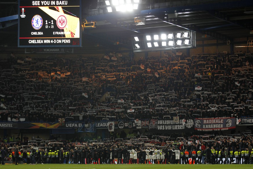 Eintracht Frankfurt fans serenade their team despite defeat during the UEFA Europa League semi-final match between Chelsea and Eintracht Frankfurt at Stamford Bridge, London, England on 9 May 2019. PUBLICATIONxNOTxINxUK Copyright: xCarltonxMyriex PMI-2818-0034
