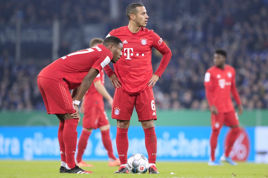 ALABA David Team FC Bayern Muenchen mit THIAGO DFB Pokal Viertelfinale 2019 - 2020 Spiel FC Schalke 04 - FC Bayern Muenchen 0 : 1 am 03. 03. 2020 in Gelsenkirchen DFL REGULATIONS PROHIBIT ANY USE OF PHOTOGRAPHS as IMAGE SEQUENCES and/or QUASI-VIDEO *** ALABA David Team FC Bayern Muenchen with THIAGO DFB Pokal Quarterfinal 2019 2020 Match FC Schalke 04 FC Bayern Muenchen 0 1 on 03 03 2020 in Gelsenkirchen DFL REGULATIONS PROHIBIT ANY USE OF PHOTOGRAPHS as IMAGE SEQUENCES and or QUASI VIDEO