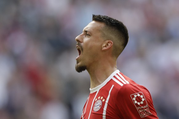 Bayern's Sandro Wagner celebrates after scoring his side's second goal during the German Bundesliga soccer match between FC Bayern Munich and Eintracht Frankfurt at the Allianz Arena stadium in Munich, Germany, Saturday, April 28, 2018. (AP Photo/Matthias Schrader)