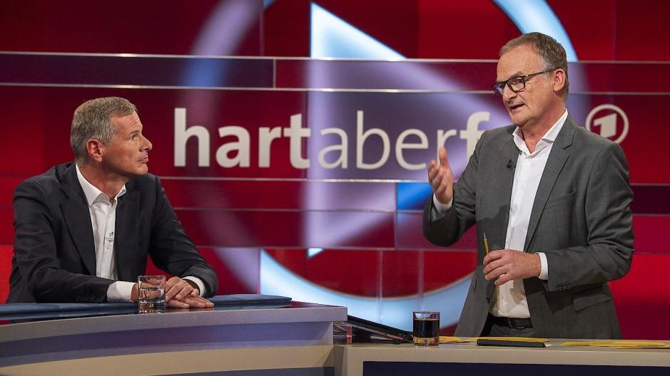 """""""Hart aber fair""""-Moderator Frank Plasberg fällt wochenlang aus"""
