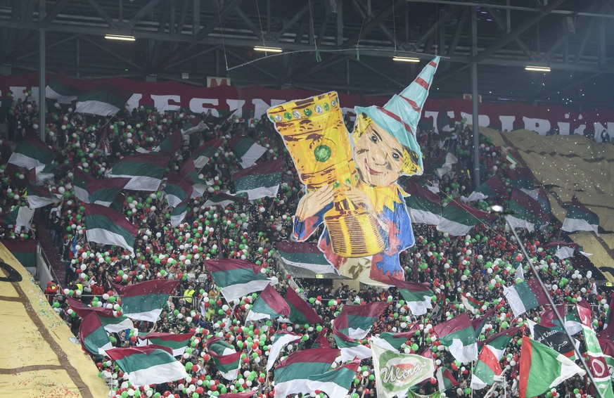02.04.2019, xkvx, Fussball DFB Pokal 1/4 Finale, FC Augsburg - RB Leipzig emspor, v.l. FC Augsburg Fans / Choreo / Choreografie (DFL/DFB REGULATIONS PROHIBIT ANY USE OF PHOTOGRAPHS as IMAGE SEQUENCES and/or QUASI-VIDEO) Augsburg *** 02 04 2019 xkvx Football DFB Cup 1 4 Final FC Augsburg RB Leipzig emspor v l FC Augsburg Fans Choreo Choreography DFL DFB REGULATIONS PROHIBIT ANY USE OF PHOTOGRAPHS as IMAGE SEQUENCES and or QUASI VIDEO Augsburg