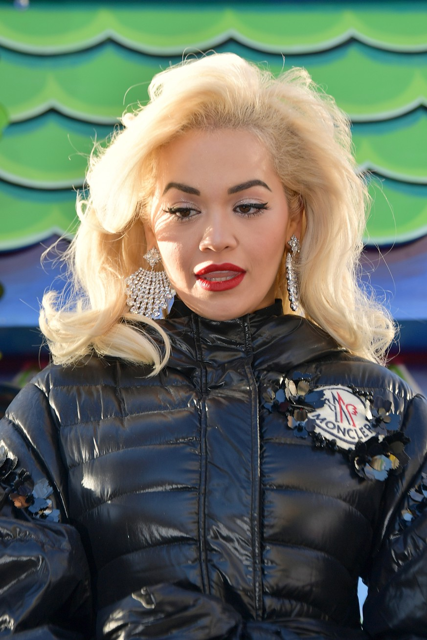 NEW YORK, NY - NOVEMBER 22:  Singer Rita Ora attends the 2018 Macy's Thanksgiving Day Parade on November 22, 2018 in New York City.  (Photo by Michael Loccisano/Getty Images)