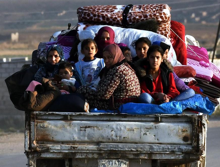 """""""Von Waffenruhe kann keine Rede sein"""": Das erlebte eine Ärztin in Nordsyrien"""