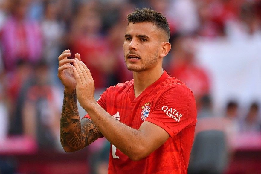 Lucas HERNANDEZ (Bayern Muenchen), klatscht Applaus,Gestik, Aktion,Einzelbild,angeschnittenes Einzelmotiv,Halbfigur,halbe Figur. Fussball 1. Bundesliga,3.Spieltag,Spieltag03,, FC Bayern Muenchen M) - 1.FSV Mainz 05 (MZ) 6-1, am 31.08.2019 in Muenchen A L L I A N Z A R E N A, DFL REGULATIONS PROHIBIT ANY USE OF PHOTOGRAPHS AS IMAGE SEQUENCES AND/OR QUASI-VIDEO. *** Lucas HERNANDEZ Bayern Muenchen , claps applause, gestures, action, single picture, cut single motif, half figure, half figure football 1 Bundesliga, 3 matchday, matchday03,, FC Bayern Muenchen M 1 FSV Mainz 05 MZ 6 1, on 31 08 2019 in Muenchen A L L I A N Z A R E N A, DFL REGULATIONS PROHIBIT ANY USE OF PHOTOGRAPHS AS IMAGE SEQUENCES AND OR QUASI VIDEO