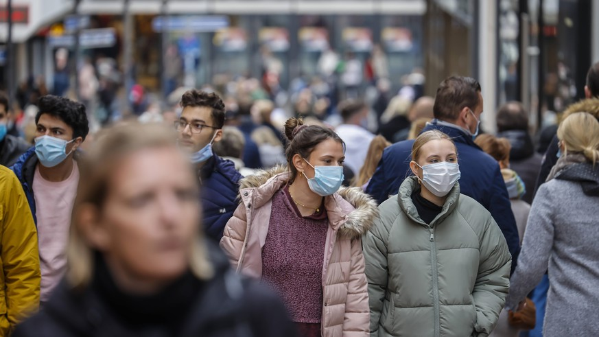 Corona-Neuinfektionen unter Vorwochenniveau – Deutsche zweifeln an Corona-App