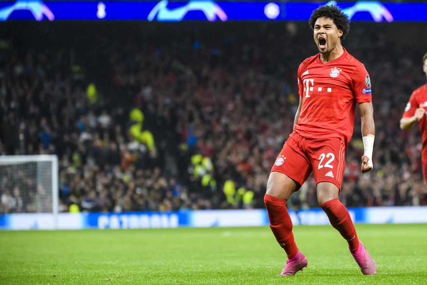 01.10.2019, xkvx, Fussball UEFA Champions League, Tottenham Hotspur - FC Bayern Muenchen emspor, v.l. Torjubel, Goal celebration, celebrate the goal zum 1:3 durch Serge Gnabry FCB - FC Bayern Muenchen London  01 10 2019, xkvx, Football UEFA Champions League, Tottenham Hotspur FC Bayern Muenchen emspor, v l Goal celebration, celebrate the goal to 1 3 by Serge Gnabry FCB FC Bayern Muenchen London