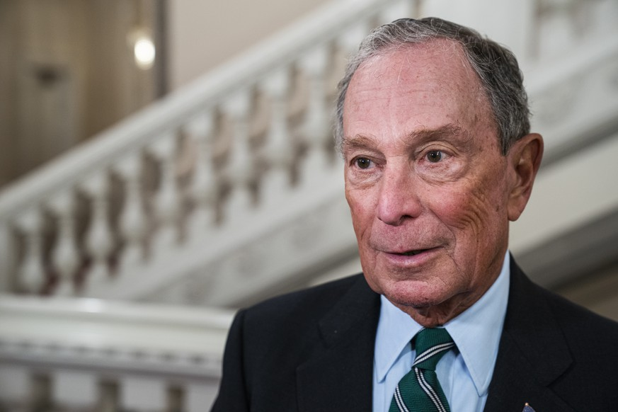 Tidligere bormester i New York Michael Rubens Bloomberg ankommer til Gallamiddag i anledning af World Mayors Summit paa Christiansborg, torsdag den 10. oktober 2019.. , Denmark  Former New York Mayor Michael Rubens Bloomberg arrives at Gala Dinner on the occasion of the World Mayors Summit in Christiansborg, Thursday, October 10, 2019, Denmark, PUBLICATIONxINxGERxSUIxAUTxONLY Copyright: MartinxSylvestx cop102 spdk20191010-213814-L