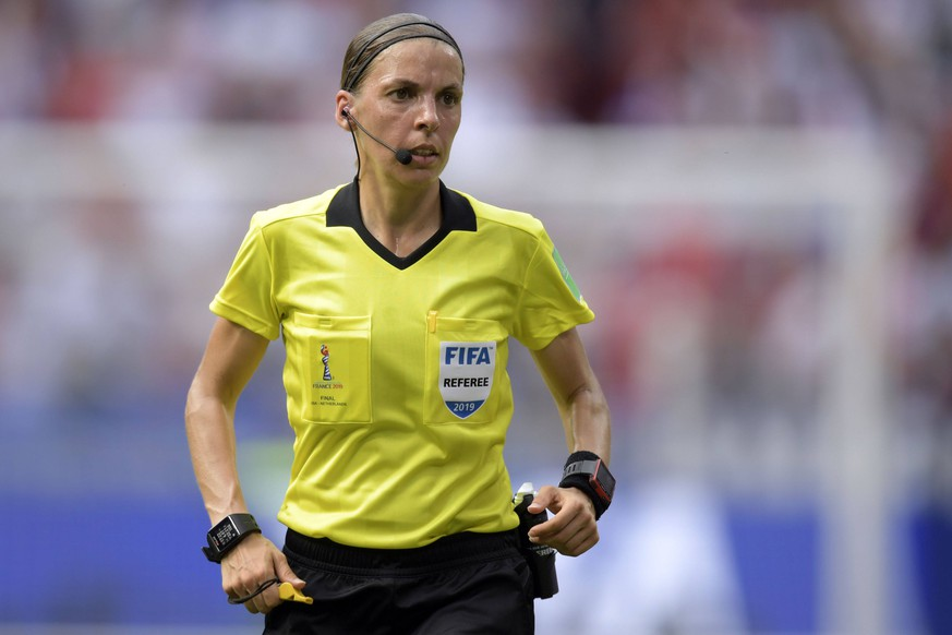 referee Stephanie Frappart during the FIFA Women s World Cup France 2019 final match between United States of America and The Netherlands at Stade de Lyon on July 07, 2019 in Lyon, France FIFA Women s World Cup France 2019 2018/2019 xVIxVIxImagesx/xGerritxvanxKeulenxIVx PUBLICATIONxINxGERxSUIxAUTxONLY 14935296