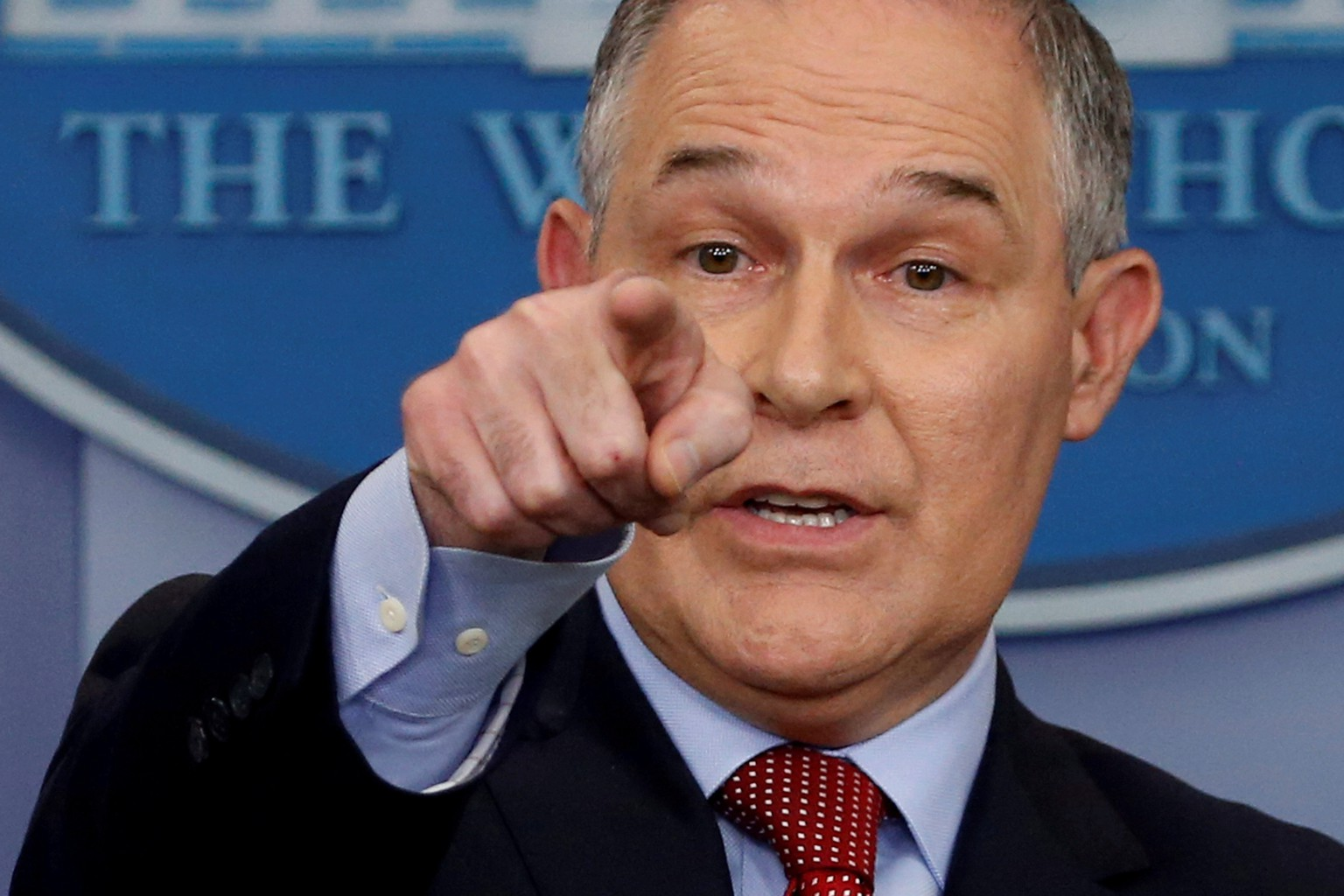 FILE PHOTO:    Environmental Protection Agency (EPA) Administrator Scott Pruitt takes questions about the Trump administration's withdrawal of the U.S. from the Paris climate accords during the daily briefing at the White House in Washington, U.S., June 2, 2017.  REUTERS/Jonathan Ernst/File Photo