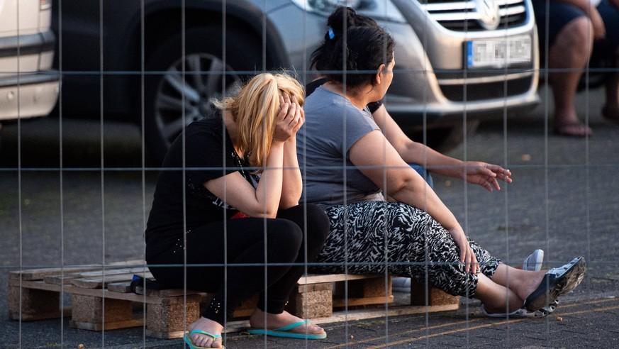 """Verzweifelte Tönnies-Mitarbeiter: """"Viele weinen am Telefon"""""""