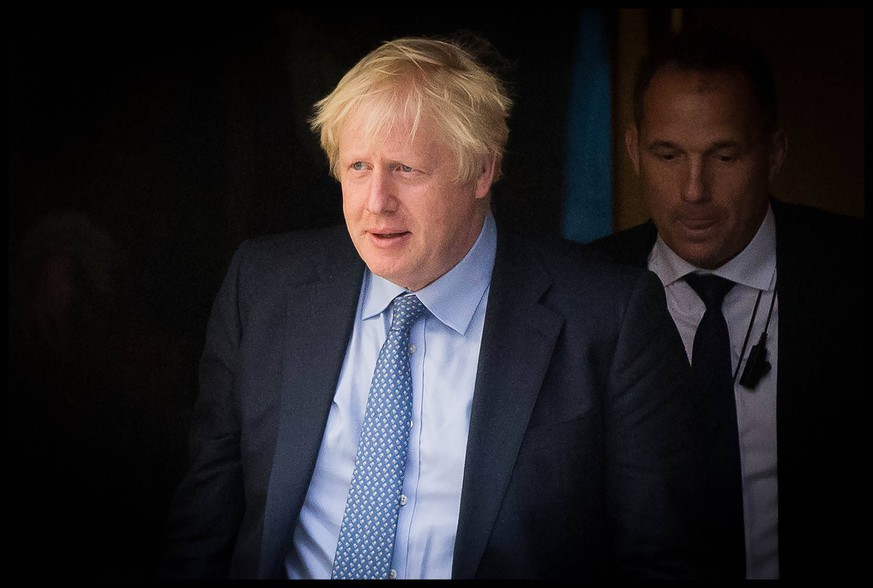 . 04/09/2019. London, United Kingdom. PM Boris Johnson PMQs. Prime Minister Boris Johnson departs Downing Street for PMQs PUBLICATIONxINxGERxSUIxAUTxHUNxONLY xMartynxWheatleyx/xi-Imagesx IIM-20101-0005