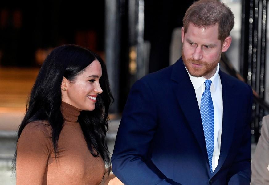 Herzogin Meghan schießt gegen Queen - ist sie genervt vom Markenverbot? | Boulevard