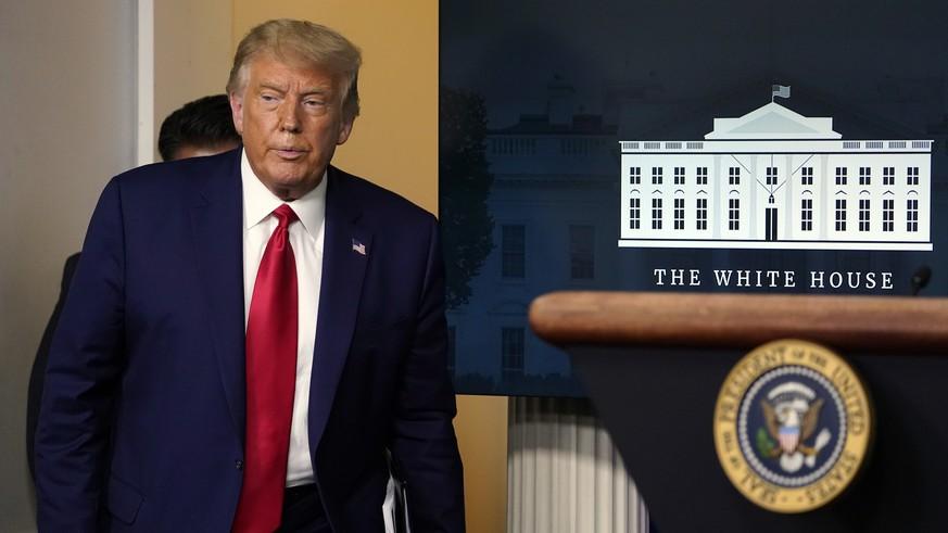 Ex-Beraterin erzählt aus internen Meetings und macht Trump schwere Vorwürfe