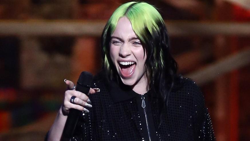 Fans nach mysteriösem Post in Sorge um Billie Eilish – nun klärt die Sängerin auf