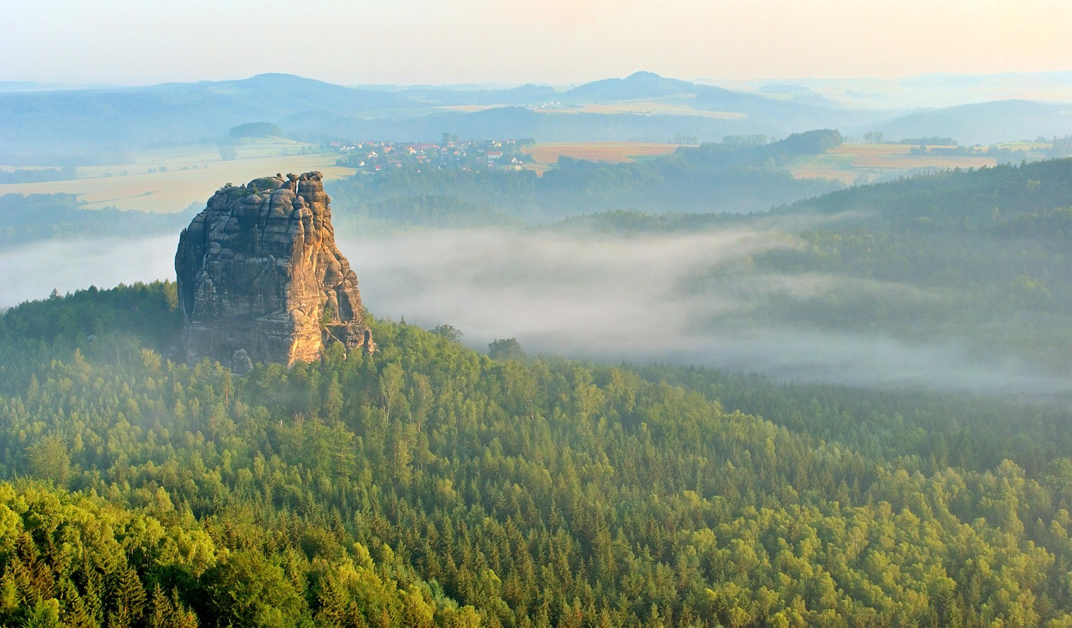 falkenstein rock, saxon switzerland, morning mist, elbsandsteingebirge