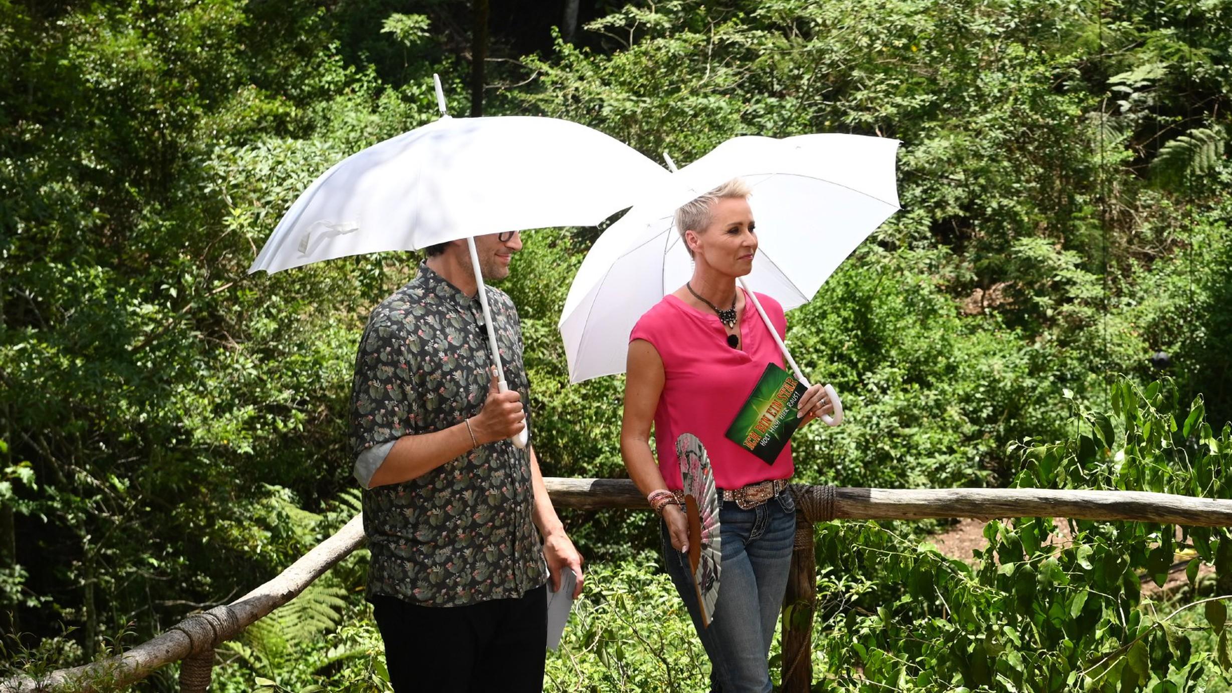 Dschungel-Moderatoren verspotten Elena nach Wutausbruch – Zuschauer feiern sie dafür