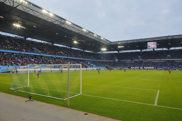 Stadionansicht, Tribuenen, Spielfeld, Fussballtor, Flutlicht, Fussball, Relegationsspiel zur 3. Bundesliga 2018/2019, Hinspiel, Schauinsland Arena Duisburg, KFC Uerdingen 05 vs SV Waldhof Mannheim 1:0 Fussball, Regionalliga West, Regionalliga Suedwest, 2017/2018, Relegationsspiel zur 3. Bundesliga 2018/2019, Hinspiel, Schauinsland-Reisen-Arena in Duisburg, KFC Uerdingen 05 vs SV Waldhof Mannheim 1:0, Stadionansicht, Tribuenen, Spielfeld, Fussballtor, Flutlicht, sports, football, Regional League West, Regional League Southwest, 2017/2018, relegation match to the 3. Bundesliga 2018/2019, first leg, Schauinsland Reisen Arena in Duisburg, KFC Uerdingen 05 vs SV Waldhof Mannheim 1:0, stadium view, stands, pitch, football goal, floodlight *** Stadium view Tribuenen Spielfeld Soccer goal Floodlight Soccer Relegation match for the 3 Bundesliga 2018 2019 First leg Schauinsland Arena Duisburg KFC Uerdingen 05 vs SV Waldhof Mannheim 1 0 Sport Soccer Regional League West Regional League Southwest 2018 Relegation Match to the 3 Bundesliga 2018 2019 First leg Schauinsland Reisen Arena in Duisburg KFC Uerdingen 05 vs SV Waldhof Mannheim 1 0 Stadionansicht Tribuenen Spielfeld Soccer goal floodlight sport football Regional League West Regional League Southwest 2017 2018 relegation match to the 3 Bundesliga 2018 2019 first leg Schauinsland Travel Arena Duisburg KFC Uerdingen 05 SV Waldhof Mannheim 1 0 stadium view stands pitch football goal floodlight