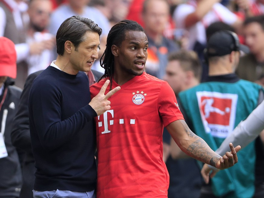 KOVAC Niko Trainer Team FC Bayern Muenchen mit SANCHES Renato DFL Fussball Bundesliga Saison 2018-2019 Spiel FC Bayern Muenchen - Eintracht Frankfurt 5 : 1 am 18. Mai 2019 in der Allianzarena DFL REGULATIONS PROHIBIT ANY USE OF PHOTOGRAPHS as IMAGE SEQUENCES and/or QUASI-VIDEO *** KOVAC Niko Trainer Team FC Bayern Muenchen with SANCHES Renato DFL Football Bundesliga Season 2018 2019 Match FC Bayern Muenchen Eintracht Frankfurt 5 1 on 18 May 2019 in the Allianzarena DFL REGULATIONS PROHIBIT ANY USE OF PHOTOGRAPHS as IMAGE SEQUENCES and or QUASI VIDEO PUBLICATIONxINxGERxSUIxAUTxHUNxSWExNORxDENxFINxLUXxONLY