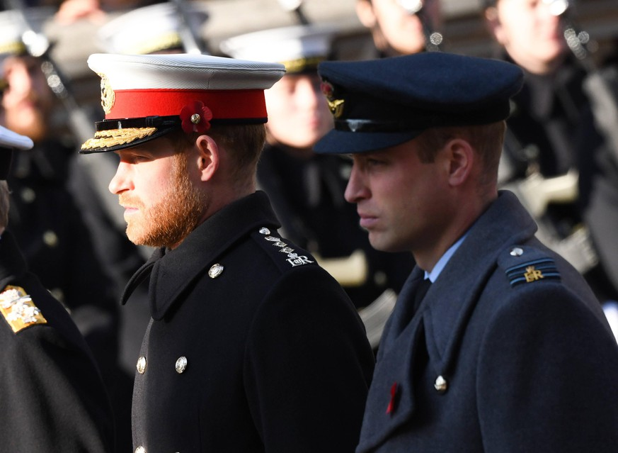 Armistice Day 2019 The Duke of Sussex and The Duke of Cambridge attending the National Service of Remembrance at the Cenotaph, Whitehall, London. Photo credit should read: Doug Peters/EMPICS PUBLICATIONxINxGERxSUIxAUTxONLY Copyright: xDougxPetersx 48231173