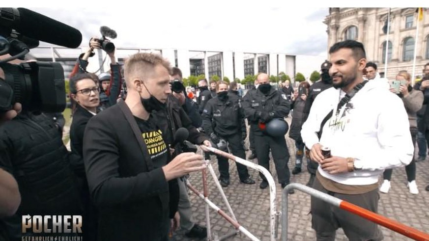RTL zeigt, was Oliver Pocher auf Corona-Demo wirklich mit Attila Hildmann besprach
