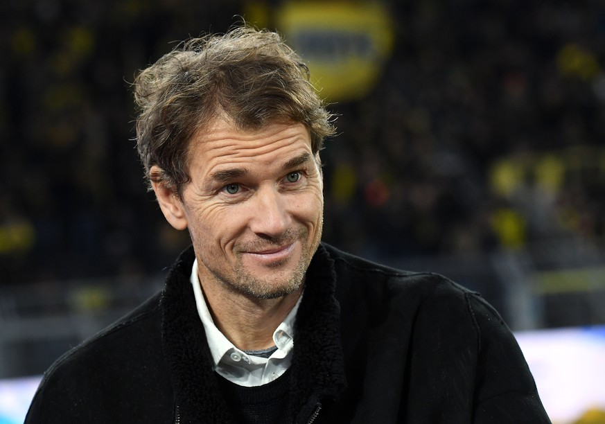 17.12.2019, xjhx, Fussball 1.Bundesliga, Borussia Dortmund - RB Leipzig emspor, v.l. Jens Lehmann DFL/DFB REGULATIONS PROHIBIT ANY USE OF PHOTOGRAPHS as IMAGE SEQUENCES and/or QUASI-VIDEO Dortmund *** 17 12 2019, xjhx, Football 1 Bundesliga, Borussia Dortmund RB Leipzig emspor, v l Jens Lehmann DFL DFL DFB REGULATIONS PROHIBIT ANY USE OF PHOTOGRAPHS as IMAGE SEQUENCES and or QUASI VIDEO Dortmund