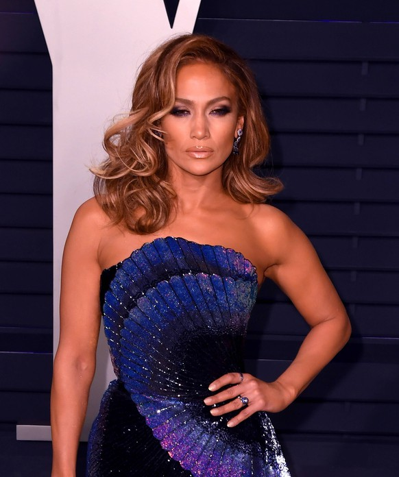February 24, 2019 - Los Angeles, CA, USA - BEVERLY HILLS, CALIFORNIA - FEBRUARY 24: Jennifer Lopez attends 2019 Vanity Fair Oscar Party at Wallis Annenberg Center for the Performing Arts on February 24, 2019 in Beverly Hills, California. Photo: imageSPACE Los Angeles USA PUBLICATIONxINxGERxSUIxAUTxONLY - ZUMAs181 20190224_zea_s181_1083 Copyright: xImagespacex