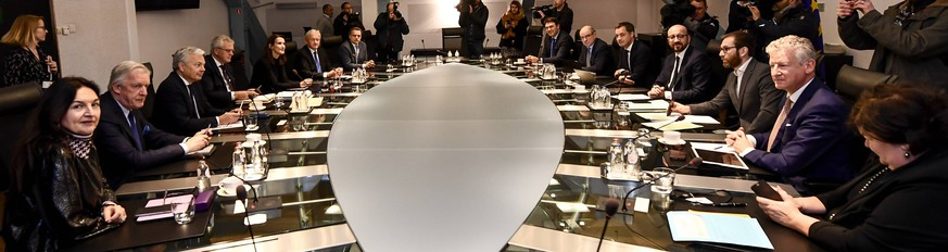 a Minister s council meeting of the Federal Government, in Brussels, Sunday 09 December 2018. Flemish nationalist party N-VA left Yesterday the Ministers council of the federal government. They could not accept the UN global compact for migration. The King has accepted the resignation of the five N-VA Ministers from the government Michel. PUBLICATIONxINxGERxSUIxAUTxONLY DIRKxWAEM 05485867