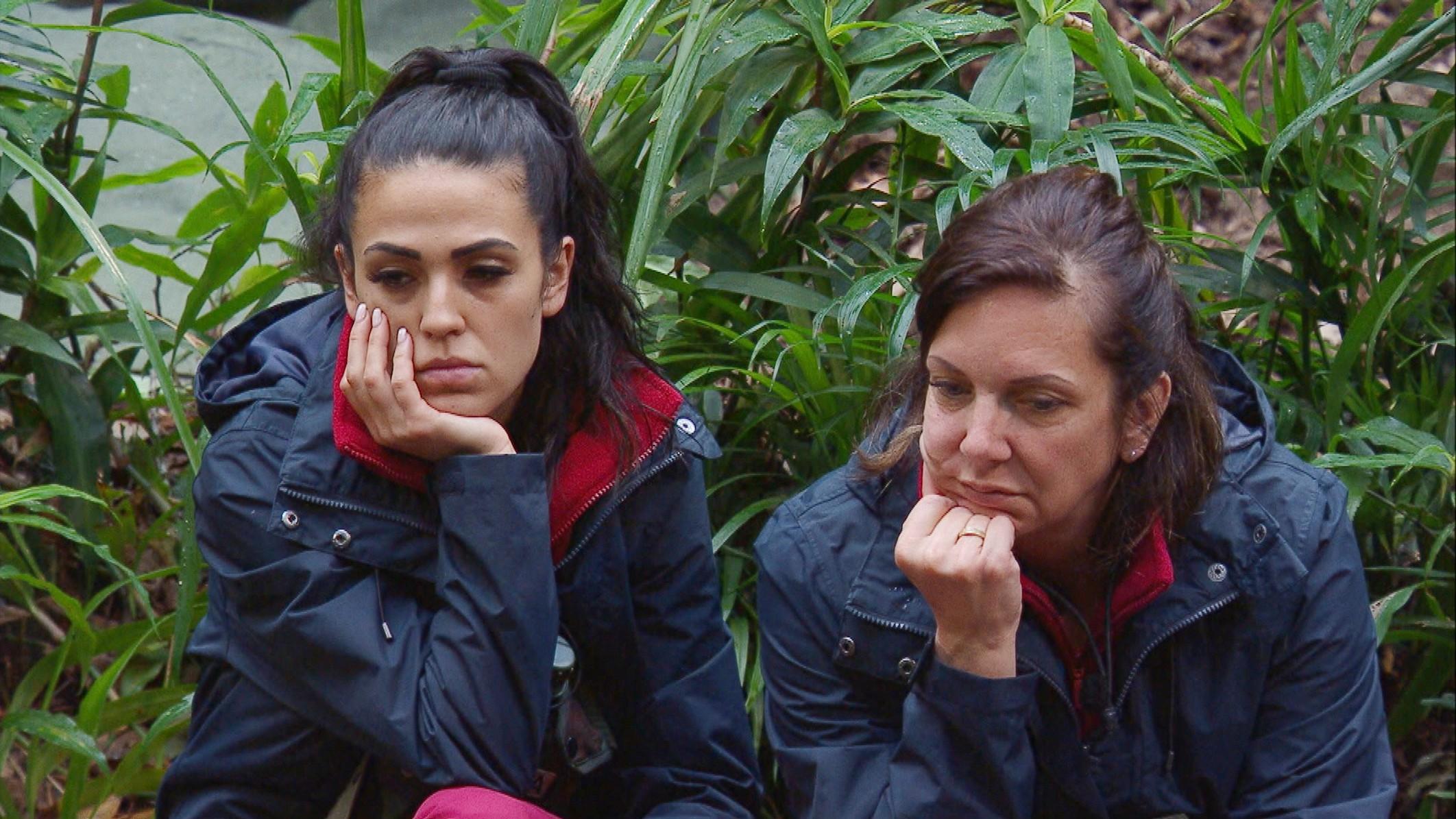 Dschungelcamp 2020 Danni Bringt Elena Gegen Sich Auf Die