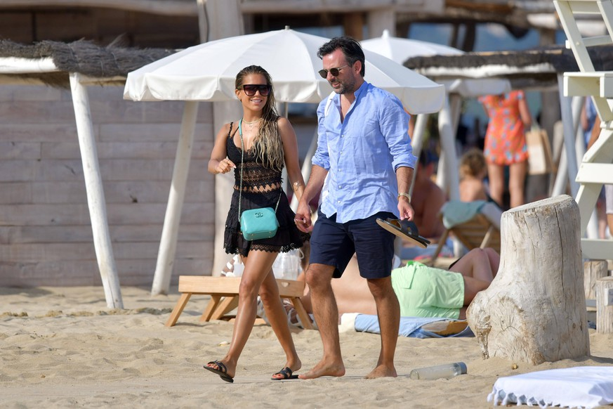 Sylvie Meis and Niclas Castello at the Club 55 during holiday in St Tropez Saint-Tropez France PUBLICATIONxINxGERxSUIxAUTxONLY 602706LTP3589086