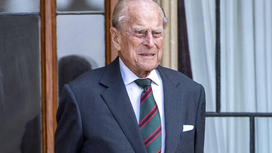 Royals: Nach Einlieferung in Klinik – so steht es um Prinz Philip wirklich - watson