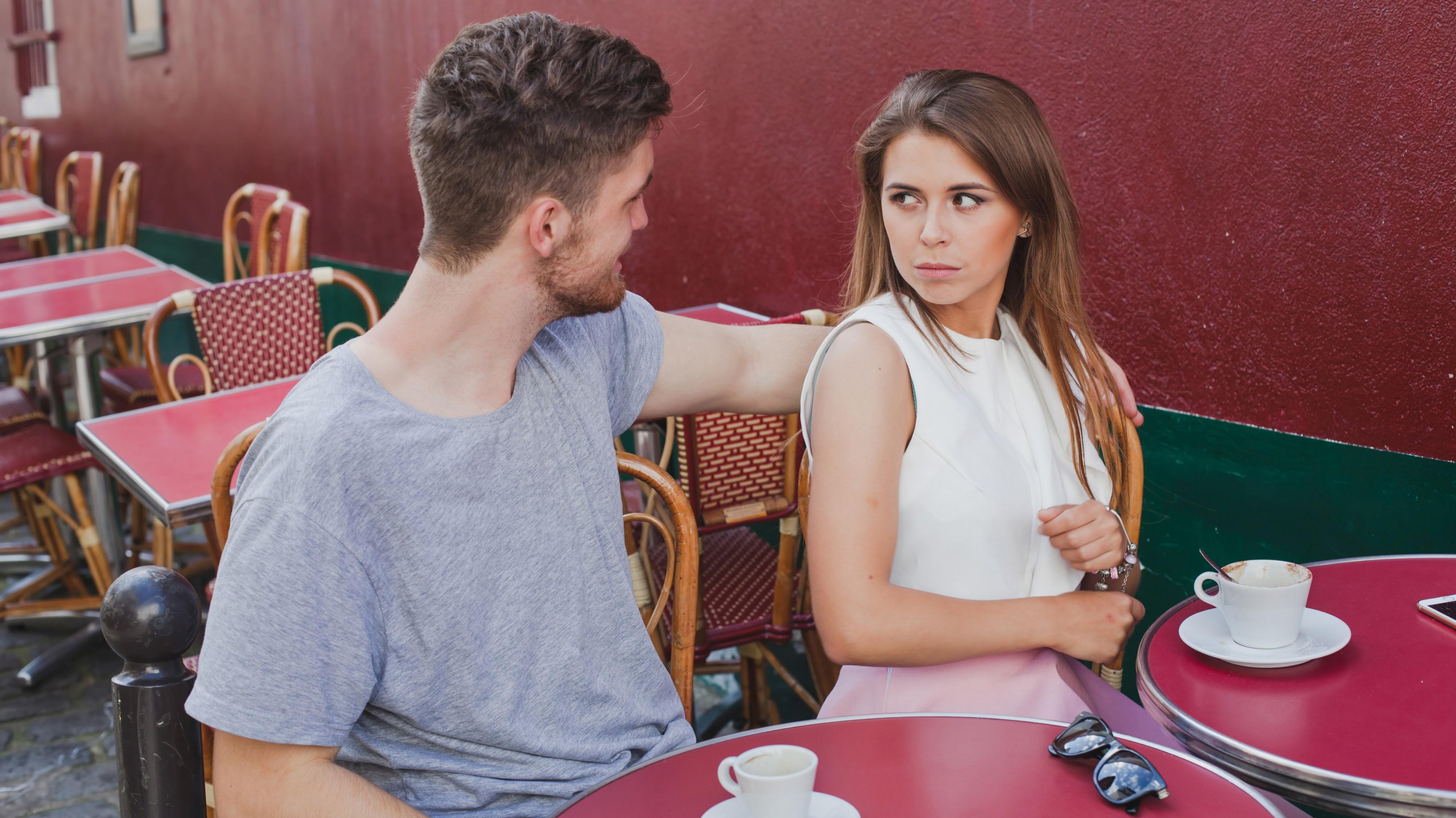 Dating-Expertin: Das kannst du tun, wenn du abgewiesen wirst
