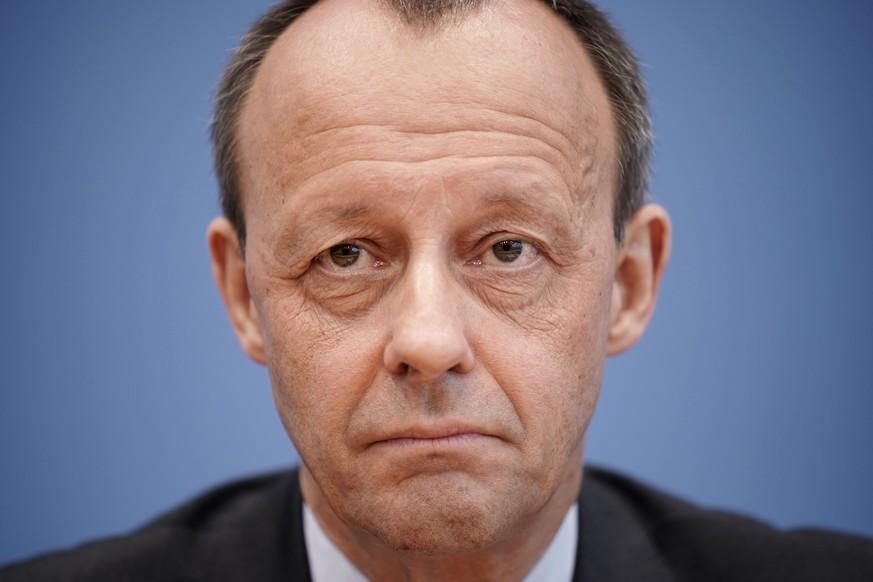 BLACKROCK-LOBBYIST KANDIDIERT FÜR CDU-VORSITZ  Wer ist Friedrich Merz?
