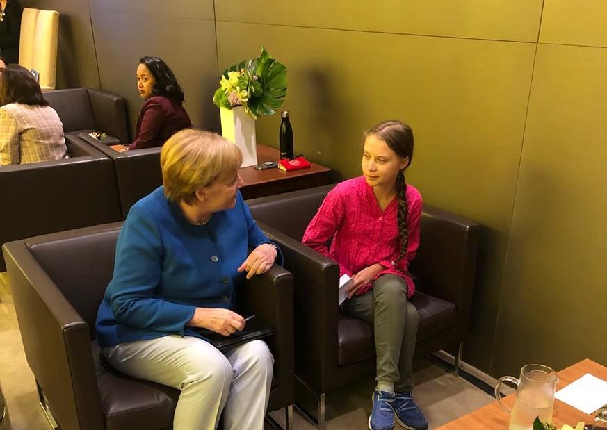 Kanzlerin auf Selfie-Jagd: Greta spricht über ihre Begegnung mit Merkel